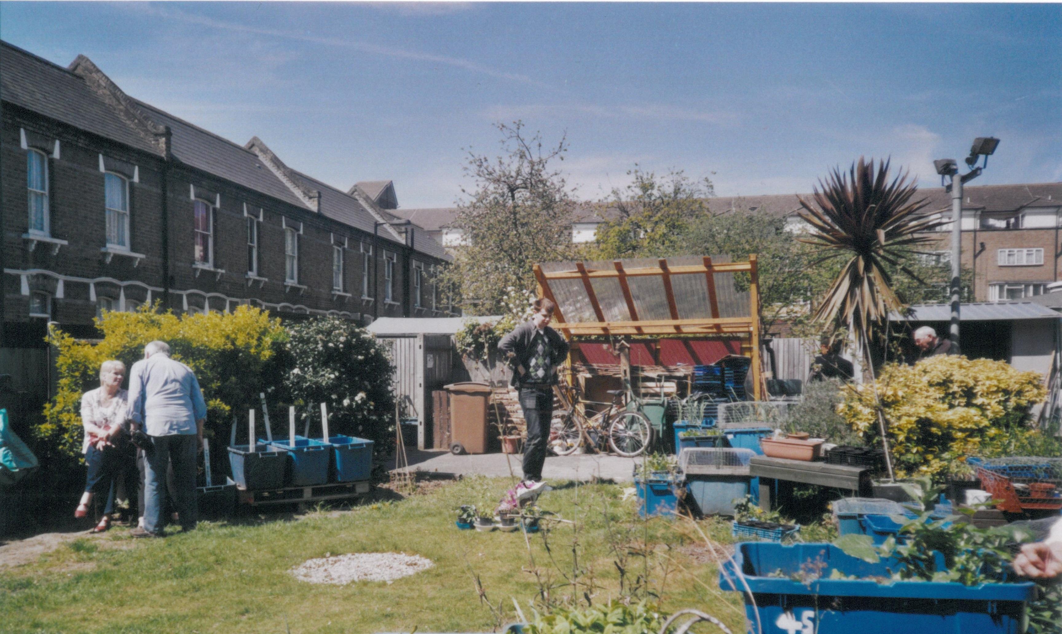 Pembroke House Garden, May 2013
